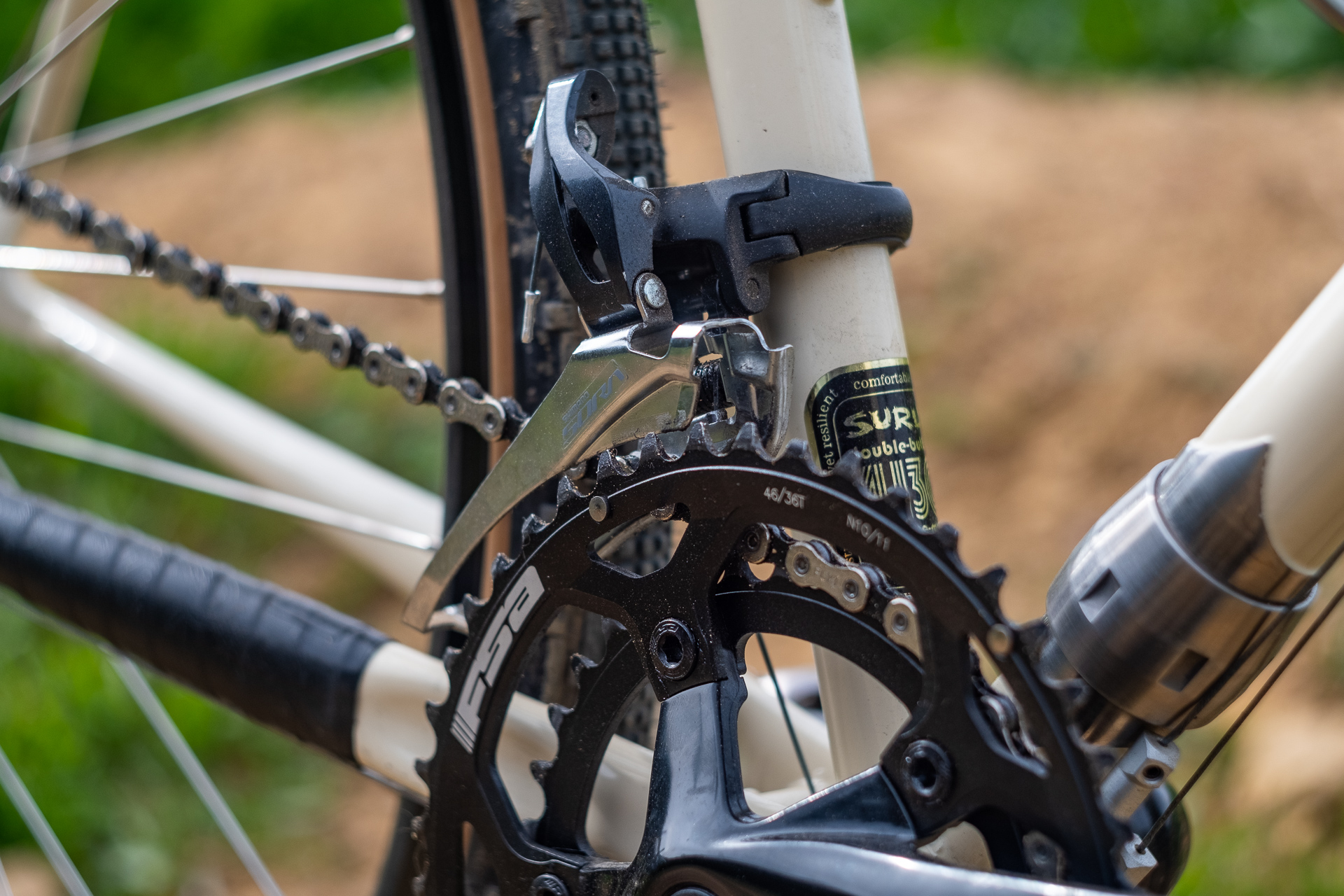 Surly Travelers Gravelers Check Shimano Sora derailleur detail.