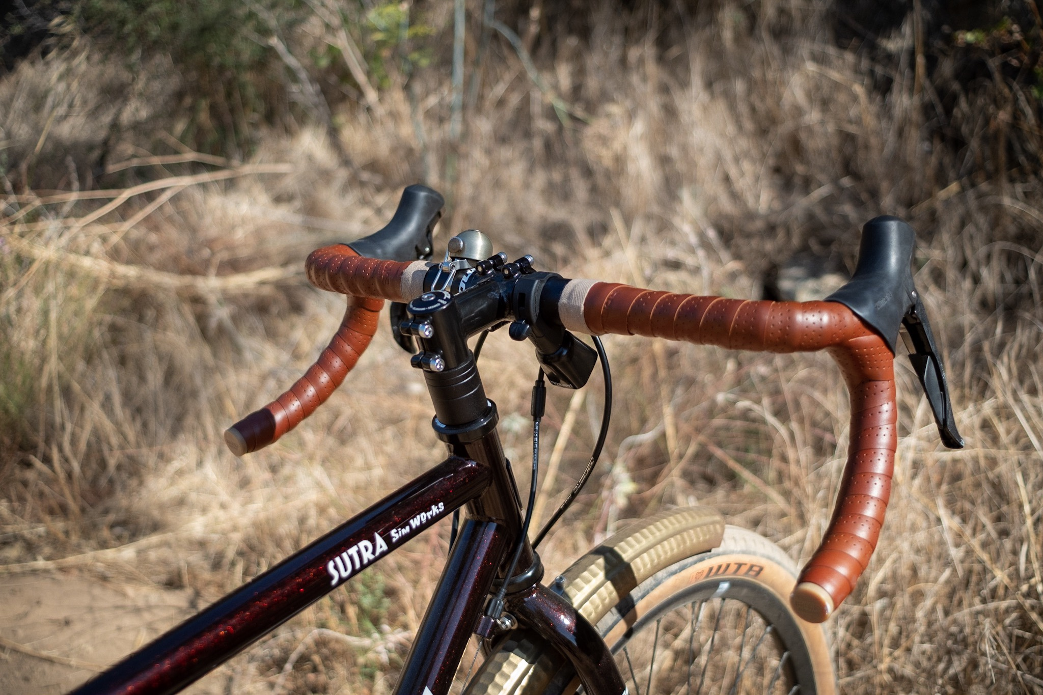 Kona Sutra 650b handlebar and bells detail.