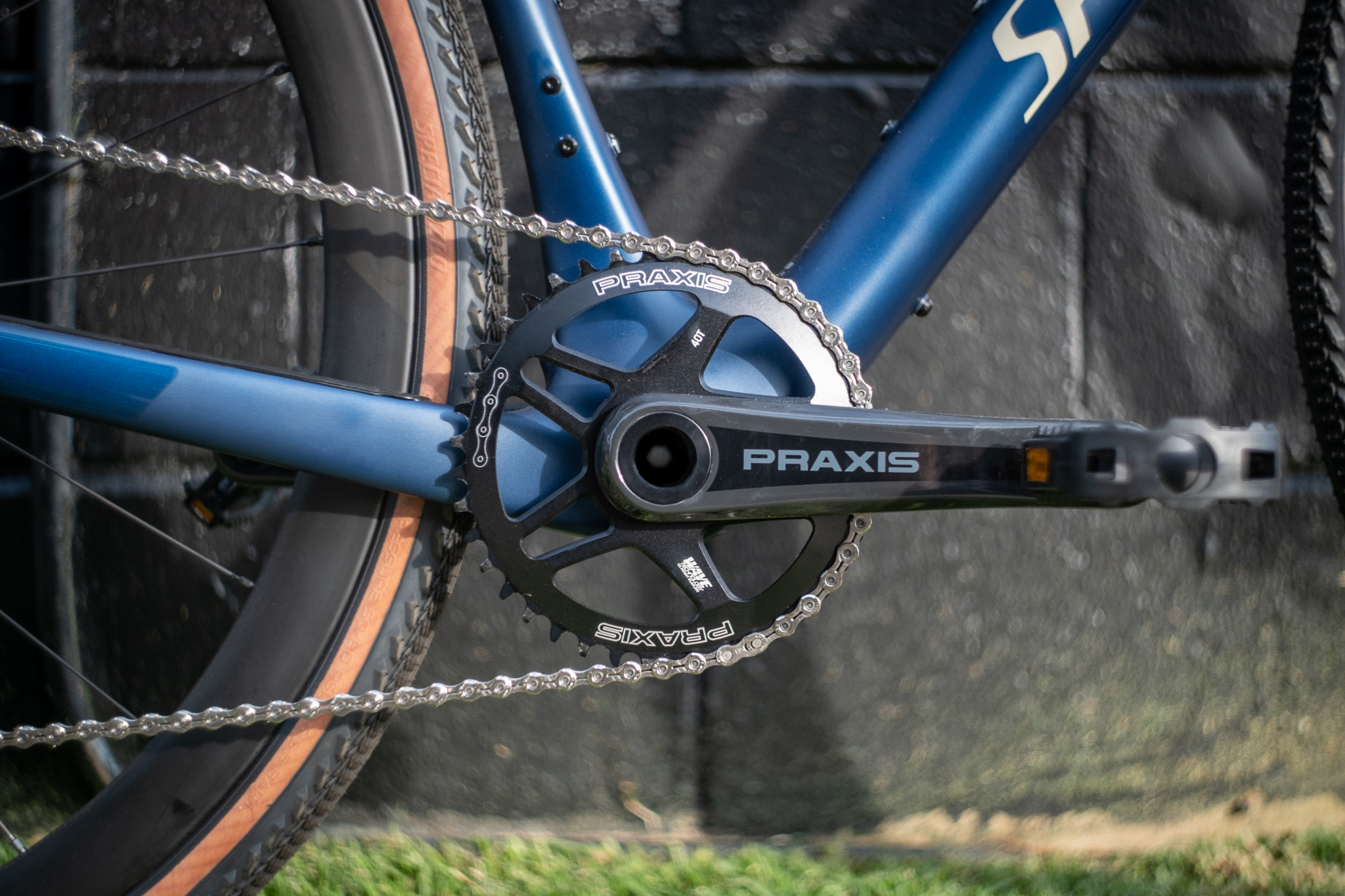2020 Specialized Diverge Comp X1 chainring detail